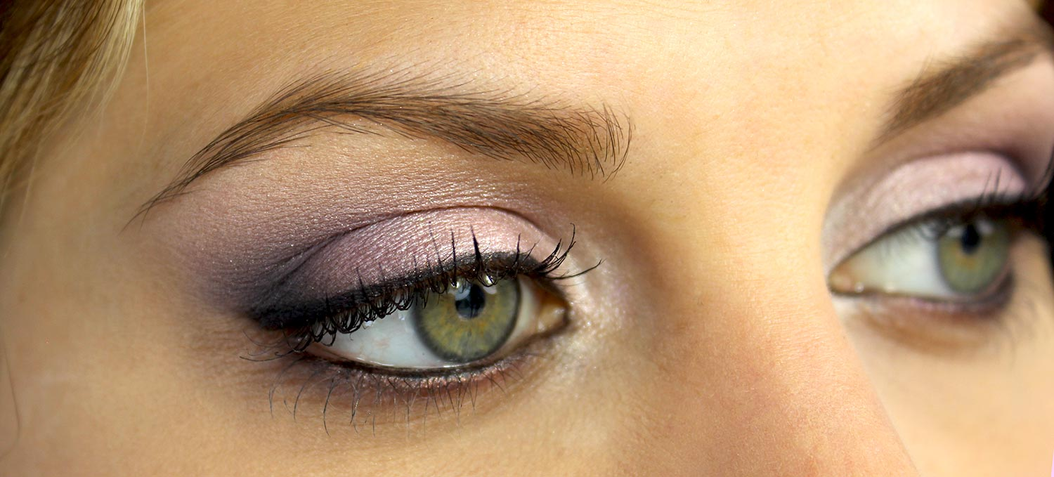 maquillage yeux verts simple